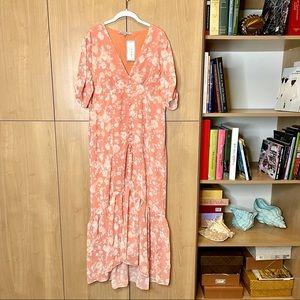 Hope & Ivy peach floral maxi dress w/ V neck